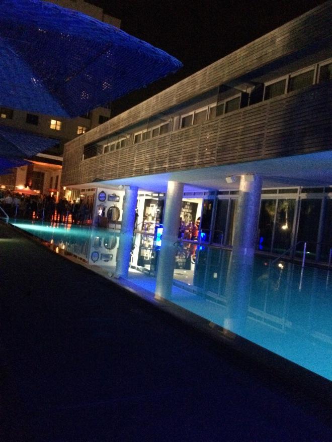 hotel sls piscine