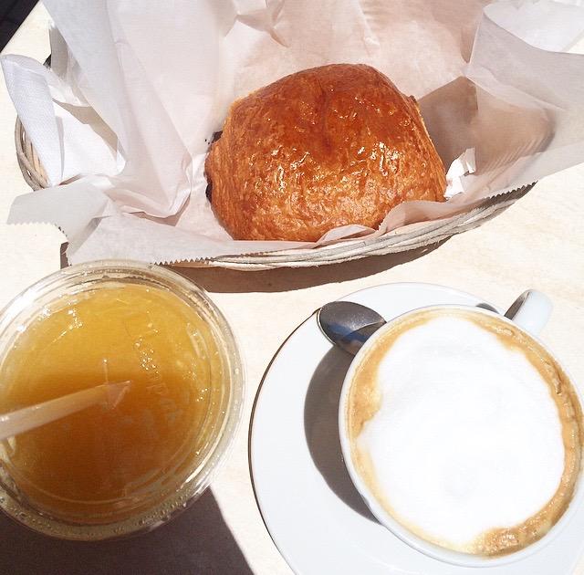 La Provence Croissant e Cappuccino