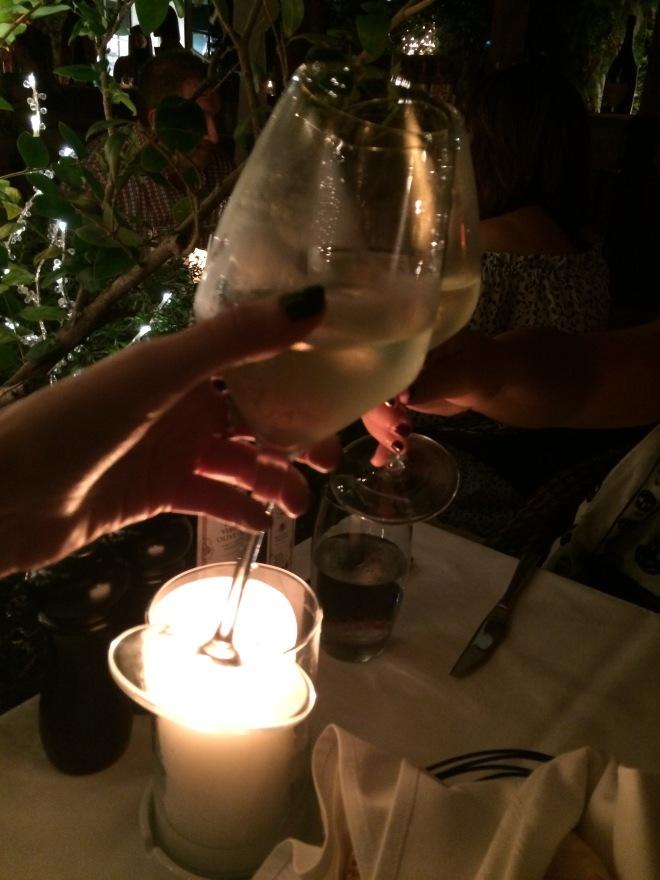 villa azur champagne
